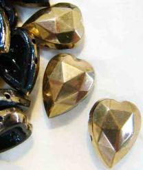 Antique Gold Sewon Heart 18X13