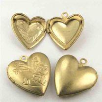 Brass 19x17MM Heart Shaped Locket