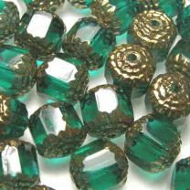 Emerald_10MM_Cathedral_Bead_wi