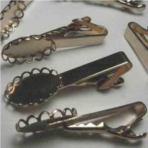 Gold_Tieclip_with_18X13_Settin