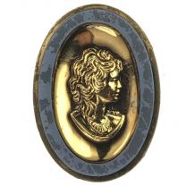 Montana Cameo with Gold 25X18MM