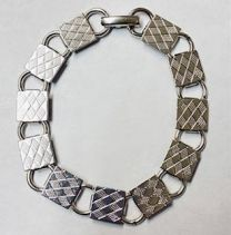 Nickel Silver Plate 7 Inch Bracelet With 10MM Square Gluing Pads