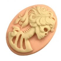 Right Facing Light Rose with Ivory 18x13MM Lady Skeleton Cameo