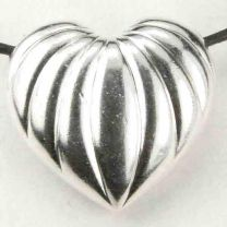 Silver_Plate_20x22MM_Corrugated_Puffed_Heart_Pendant
